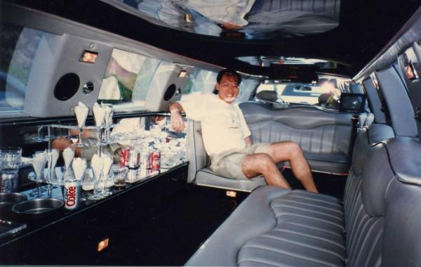 Bruce in Limousine
